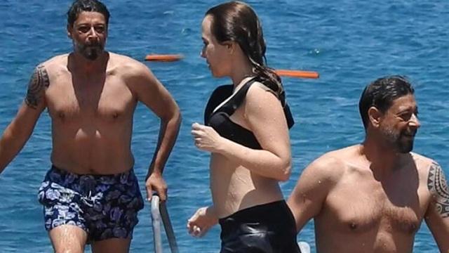 Deniz Uğur ve Erdinç Gülener balayına Bodrum'a gitti!